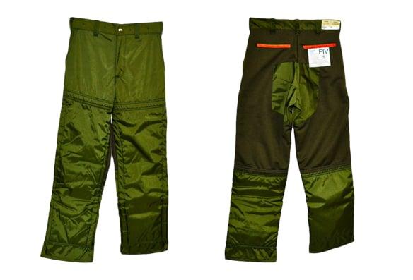 Pantalons de travail avec la protection Kevlar 6 plis – Une scie à chaîne